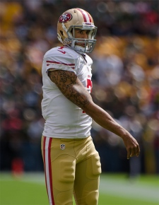 Colin_Kaepernick_-_San_Francisco_vs_Green_Bay_2012
